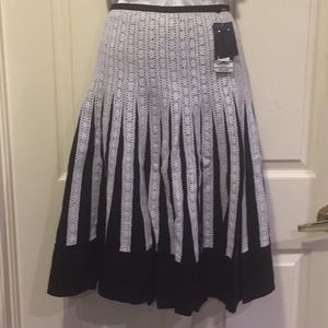 Blk flared summer skirt ,white lace size 6P avail